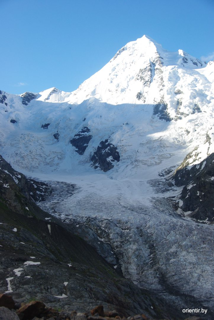 Утренний Тихтенген, вид с перегиба ледника
