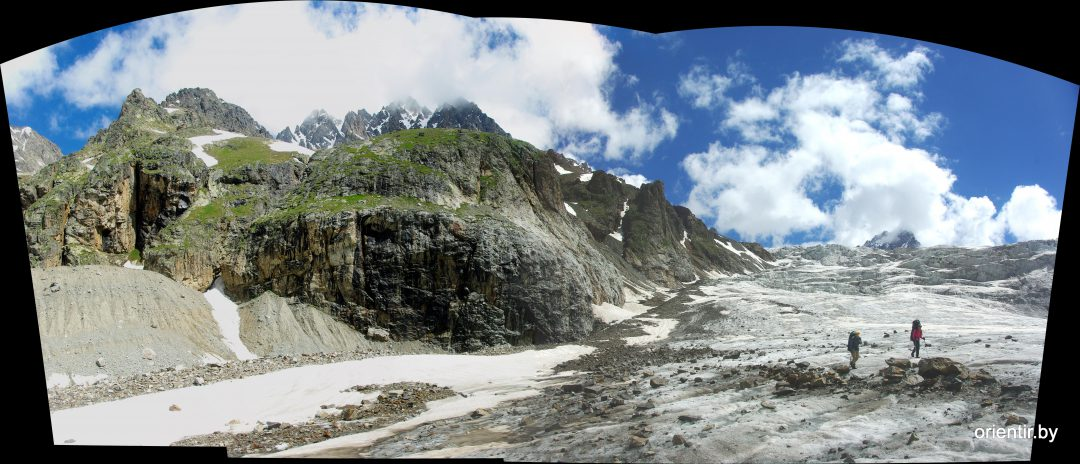 На средней части ледника